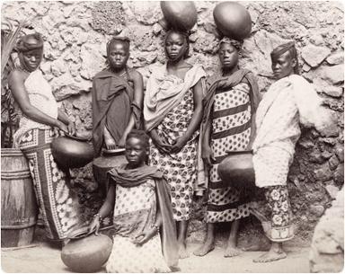 カンガを纏う女性